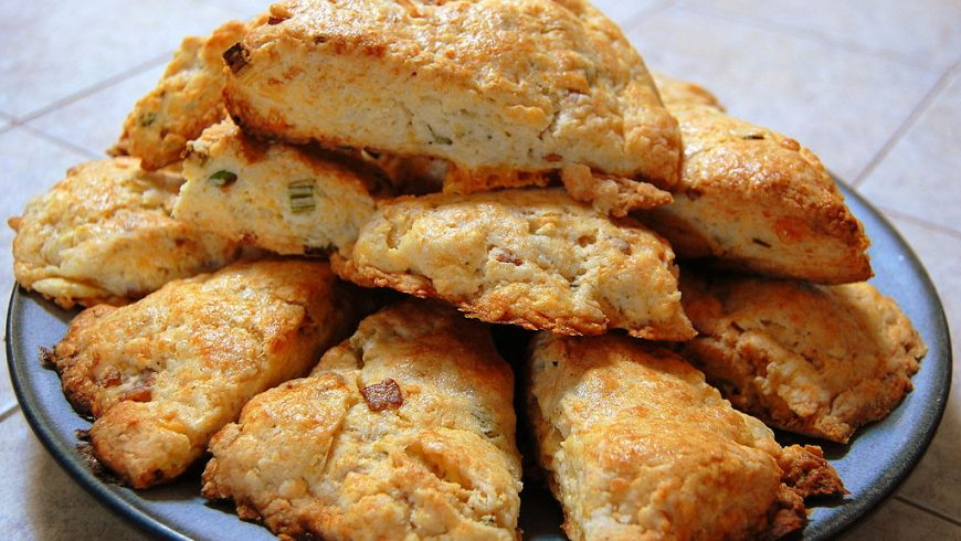 Harina, levadura y… aceite de oliva virgen extra: receta para hacer panecillos caseros